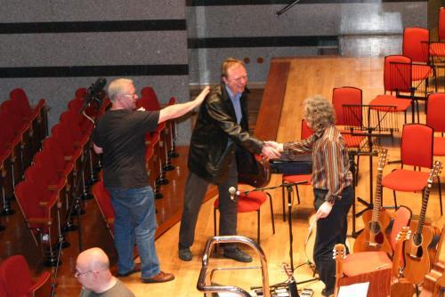 Violinist Andrew Bernardi arrives